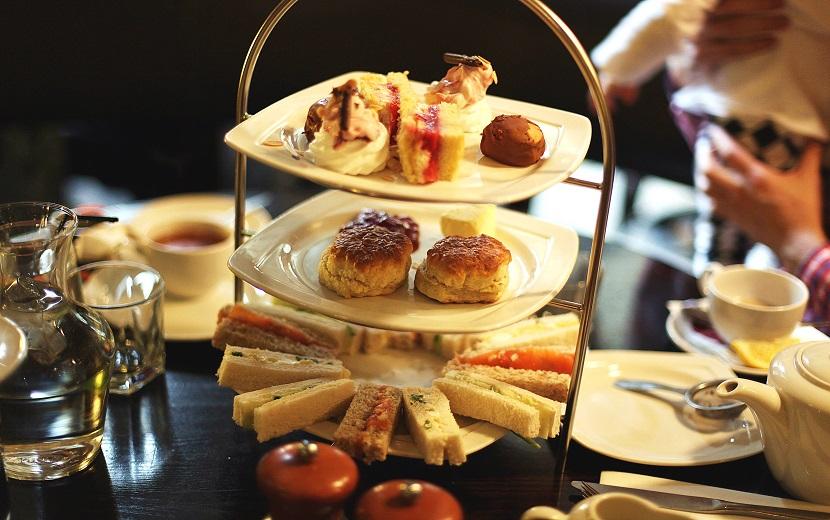 Herbata po angielsku, czyli afternoon tea -> Kuchnia Angielska Herbata Po Angielsku