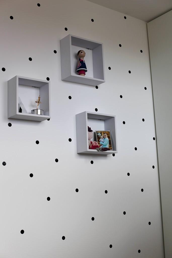 polka-dot-wall-zrobtosam